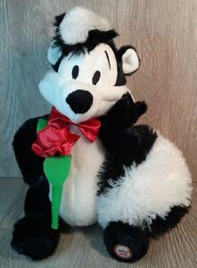 RARE Pepe Le Pew Talking Hallmark Looney Tunes Valentine's Day Plush