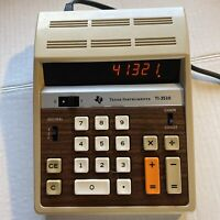 VTG TEXAS INSTRUMENTS ELECTRONIC CALCULATOR W DIGITAL CLOCK TI-3510 WORKS great