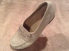 SAS Tripad Comfort Orthopedic Shoes Loafers Leather White Womens Size 7 Wide