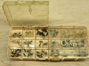 Dewitt Orvis Split 18 Compartment Fly Box with 100+ Dry Flies