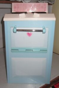 PLAYSKOOL ROSE PETAL COTTAGE COUNTRY PLAY HOUSE PLAY KITCHEN PRETEND STOVE OVEN