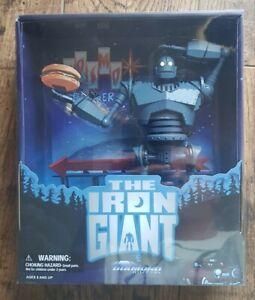 The Iron Giant Figure Diamond Select Toys (SDCC 2020 Exclusive) 3000 Pieces