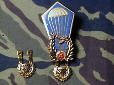 East German DDR Airborne Parachute Badge Type III w/Red w/2500 Jump tag B&T 744