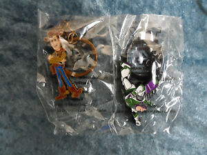 Toy Story 4 Disney Pixar Woody or Buzz Key Chain - NEW