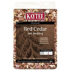 Kaytee Red Cedar Pet Bedding, 100% Natural Wood, Expands to 52.4 L