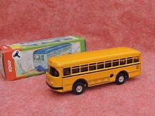Jouet mécanique en tôle. L'autocar jaune. 19 cm. République Tchèque.