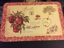 Apples Pears Fruit Reversible Placemats Plastic Vinyl Red Green USA Set of 4 NEW