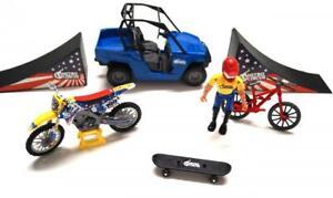 Nitro Circus Travis Pastrana New Ray Toy DieCast Model Bikes Ramp Car Stunt Set