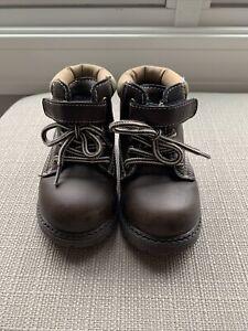 EUC Koala Kids Baby Boy Brown Casual Boots~ Size 6~Waffle Tread Lace Up~So Cute!