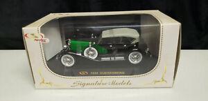 Signature Models 1934 Duesnberg Green/ Black 1:18 Scale