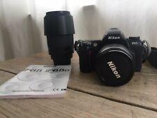 Nikon F65 Kit. Spiegelreflexkamera mit Nikkor 28-80mm und Nikkor 70-300mm.