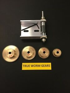 """MATCHING SET OF WORM GEARS WITH EZ CINCH WORM BRACKET 1/4"""" BORE AND SPUR GEARS !"""