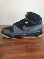 Nike Air Revolution PRM QS • UK 9 • BNIB