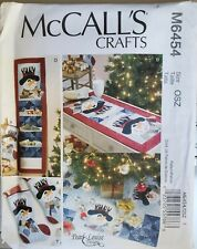 McCalls Crafts Pearl Louise pattern M6454 Christmas Stocking, Table Runner uncut