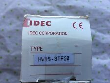 Idec Selector Switch HW1S-3TF20 Switch 3 Position Selector