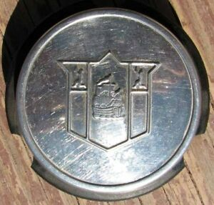 1949-50 PLYMOUTH DELUXE STEERING WHEEL CENTER HORN BUTTON EXCELLENT L@@K #E293