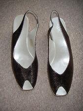 Zapatos De Cuero Nueva marca Cefalu Bronce Talla 7 (41) fue £ 85+