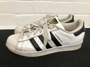Men's Adidas Superstar Trainers In White UK Size 6.5 EU 40 Black Tri Stripe