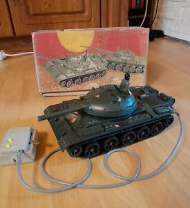 Fernlenkpanzer Auto T62 Anker Spielzeug M1:25 Kabelfernsteuerung DDR