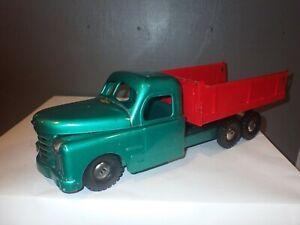 Vintage 1940s Pressed Steel Structo Dump Truck Green & Red