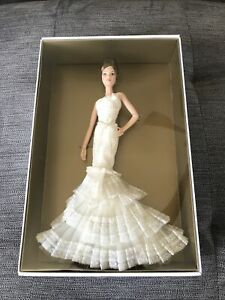 Vera Wang Bride The Romanticist Gold Label Barbie Collector 2008