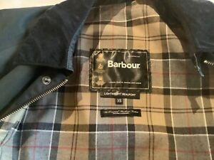 Ladies Beaufort Barbour Coat (XS) size 10 - Used but in good condition (Black)