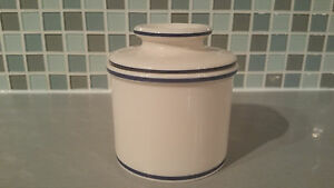 BUTTERL CROCK by L.Tremain, Inc. Butter Storage Dish White Navy Blue Butter Jar
