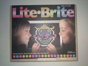 Magic Screen Retro Style Lite Brite Kids Toy Fun Light Bright Game 156 Pegs Set