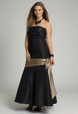 STRAPLESS TAFFETA LONG DRESS WITH SHIRRED BODICE SZ 14W BLACK WITH GOLD SASH/BOW