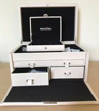 BNWOT Extra Large Pandora Jewellery Box With Key