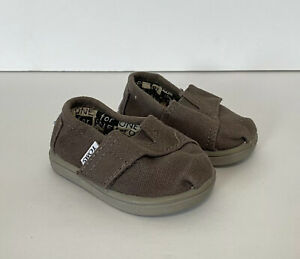 Toms Toddler Boys/Girls Brown Canvas Shoes Loafers Slip On Size T3