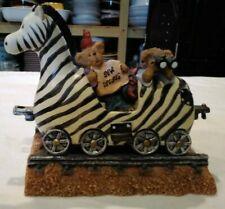 """Boyds Bearstone """"Zeb the Zebra with Zoey and zac.What a View!"""" Train Bin 1127"""