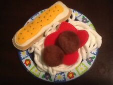 FELT FOOD SPAGHETTI AND BREADSTICK  PLAY SET NEW