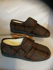 Cosyfeet Mens Comfort Slippers size 11 Extra roomy Rudolph Woodland Brown