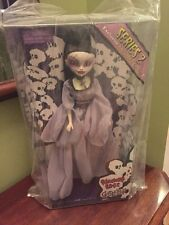Bleeding edge goth dolls Abcynthia Chaser exclusive series 2  gray dress Begoth