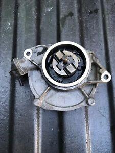 INFINITI FX30d 2013 Vacuum pump 8200807472A