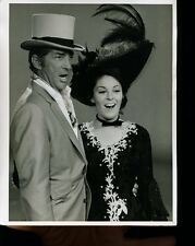 DEAN MARTIN AND DAUGHTER GAIL SING ON THE DEAN MARTIN SHOW  TV 7X9 PHOTO X2555