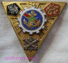 IN7734 - INSIGNE 412° Bataillon des Services, émail, relief, dos guilloché argt
