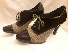 Chadwicks women's brown tweed and patent leather lace up heels size 7