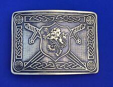 Cinturón de hebilla Cruz León Rampante Kilt Acabado Antiguo/León Rampante Kilt Hebillas