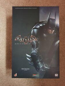 Batman Arkham Knight - Batman - Hot Toys Figure