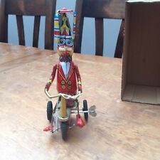 SCHYLLING DUCK ON A BIKE WIND UP RETRO TIN TOY - COLLECTIBLE - CLASSIC