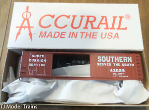 Accurail HO #5242 AAR 50' Riveted-Side Double-Door Boxcar Kit Southern Railway