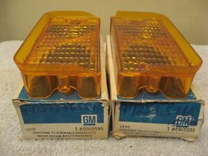 NOS PAIR GM AMBER PARK LIGHT LAMP LENSES 1973 CHEVROLET IMPALA RH OR LH 5965595