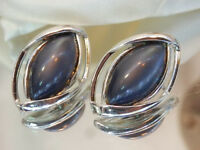 Vintage 1960's Coro Signed Grey Moonglow Thermoset Silver Tone Clip Earring 78N8