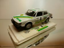 BBURAGO 9107 SAAB 900 TURBO - #4 SONAB - WHITE 1:24 - GOOD CONDITION ON PEDESTAL