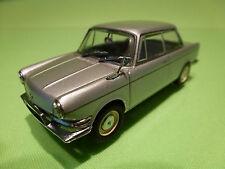 MINICHAMPS   BMW 700 LS - 1962 1965 - SILVER 1:43 - RARE SELTEN - EXCELLENT