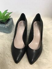 3c1bb509057 VINCE CAMUTO Womens Black Leather Career High Heels Size 6