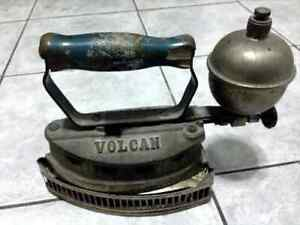 ANTIQUE CLOTHES IRON VOLCÁN 1935 WITH STAND COLLECTIBLE