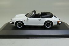 Minichamps 430062030 Porsche 911 CARRERA CABRIOLET 1983 WHITE 1/43